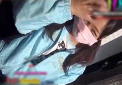 素人の個人撮影でどう見てもJCなスポブラ美少女とハメ撮りしたエロ動画